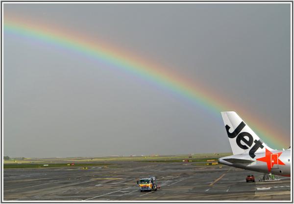 rainbow in Sydney airport