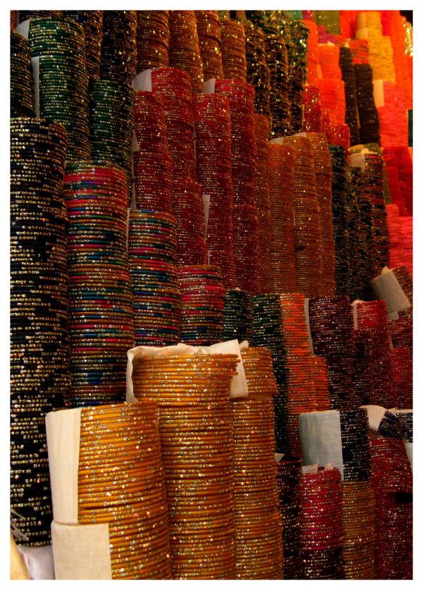 a bangle shop in laxmi road, pune