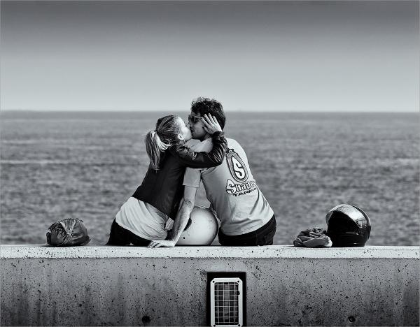 Le baiser du port de Badalona