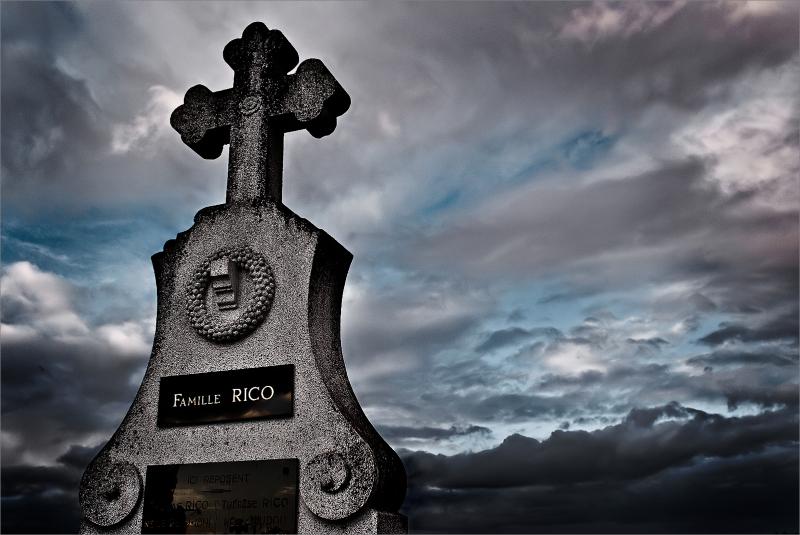 xaviheredia Xavi Heredia cathare cemetery religio