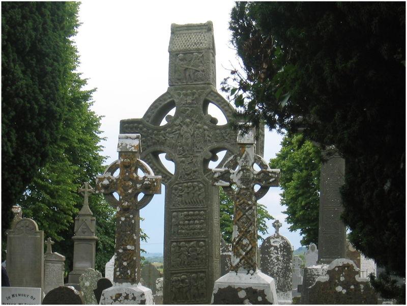 La Croix de Muiredach à Monasterboice (Irlande)