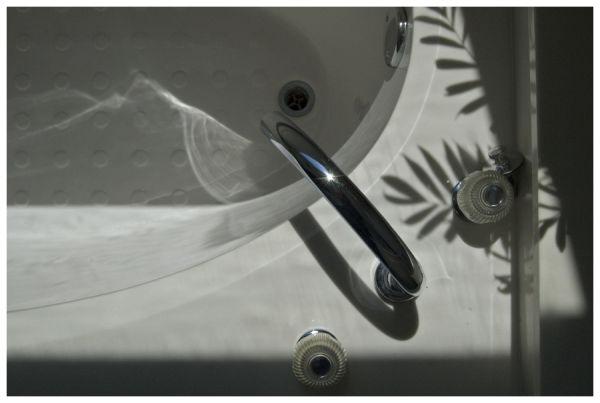 Birds eye view of bathtub
