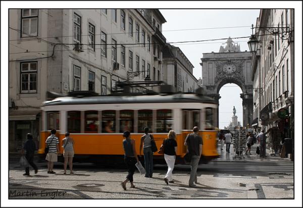 Tranvía Lisboa Arco Triunfa