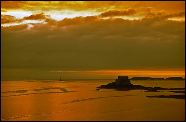 Saint - Malo...