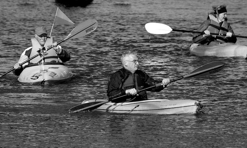 kayakers brave winter waters in arkansas river