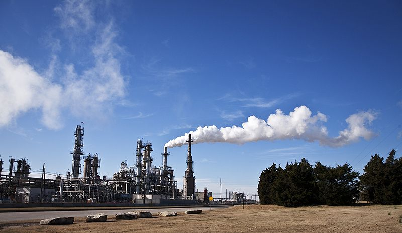 plume rises from ponca city oklahoma refinery