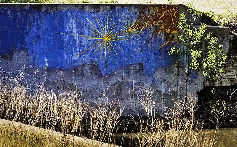grafitti at the lake