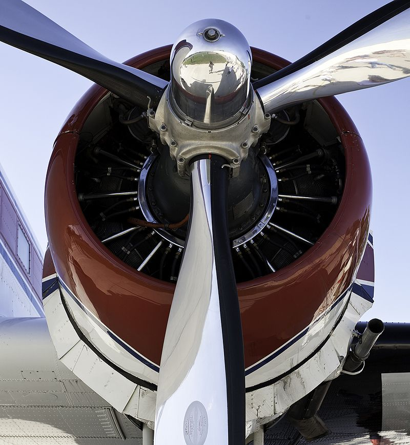 engine of a dc-3
