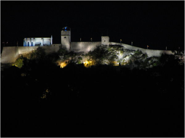Sisteron by night