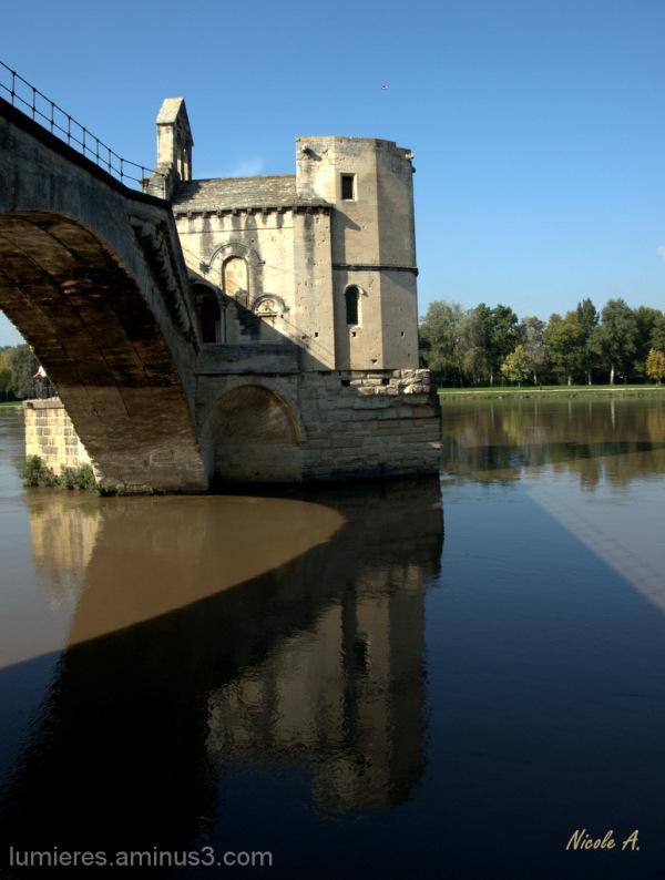 Reflets dans le Rhône