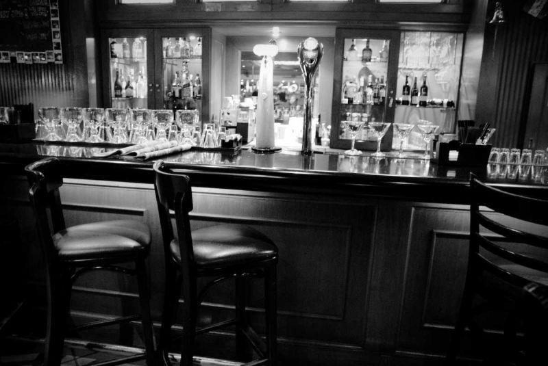 TGIF bar