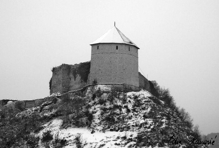 Castle gradina black white