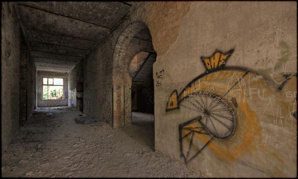 Beelitz 2.0 - ... through the Passage ...