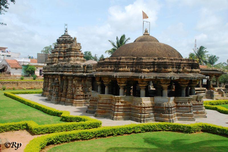 Chandramouleshwara Temple 5/5