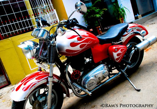 Royal Enfield... Fully modified