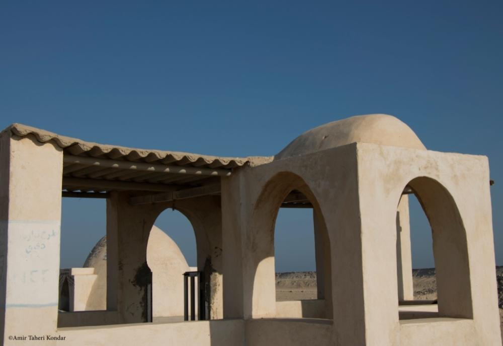 مسجد و آب انبار عمومی - قشم