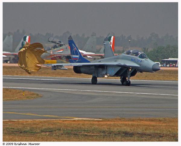 Landing aircraft Mig35