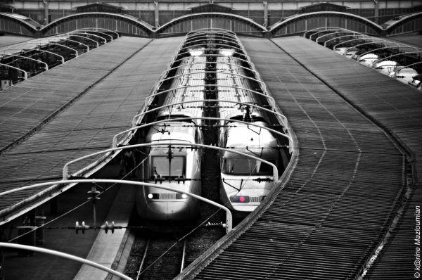 Croiser le (chemin du) fer