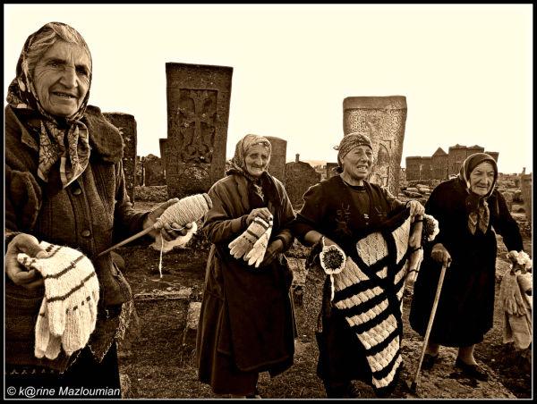 Aux petites grands-mères d'Arménie