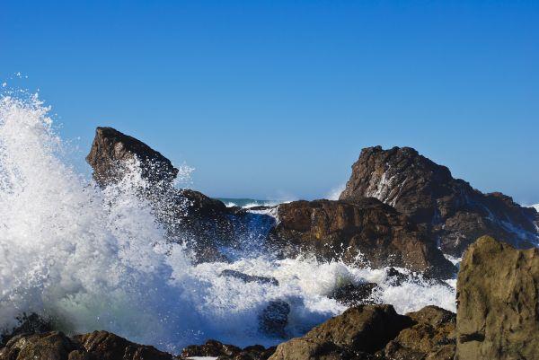 waves crashing onto my secret beach