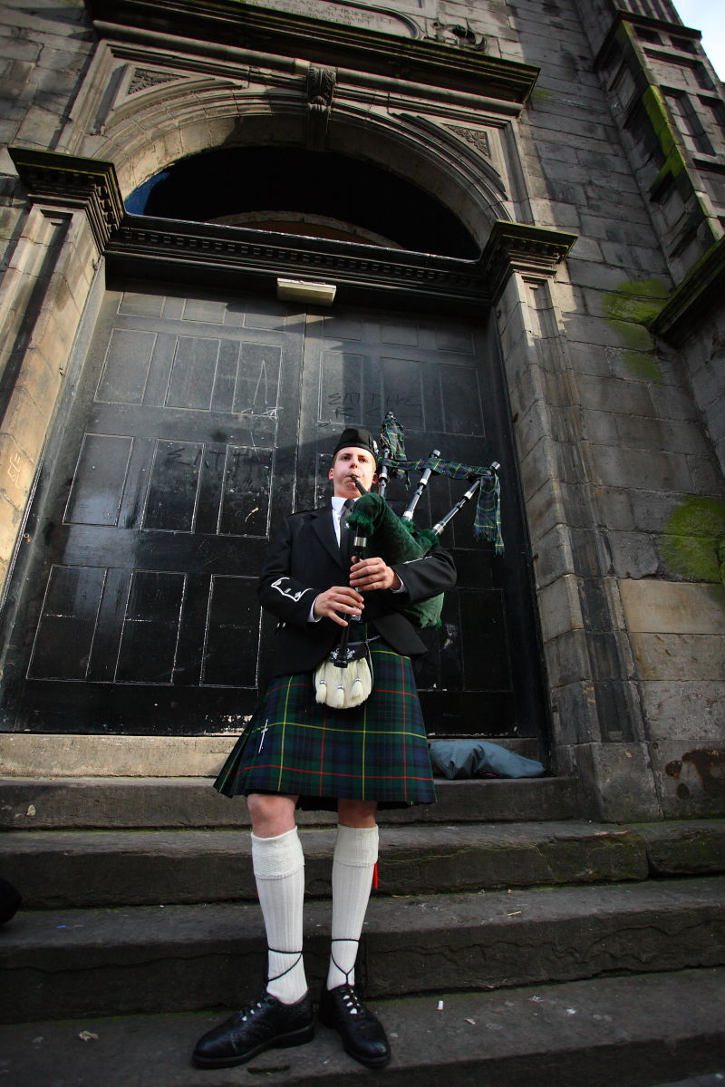 Bagpipes,Edinburg,England