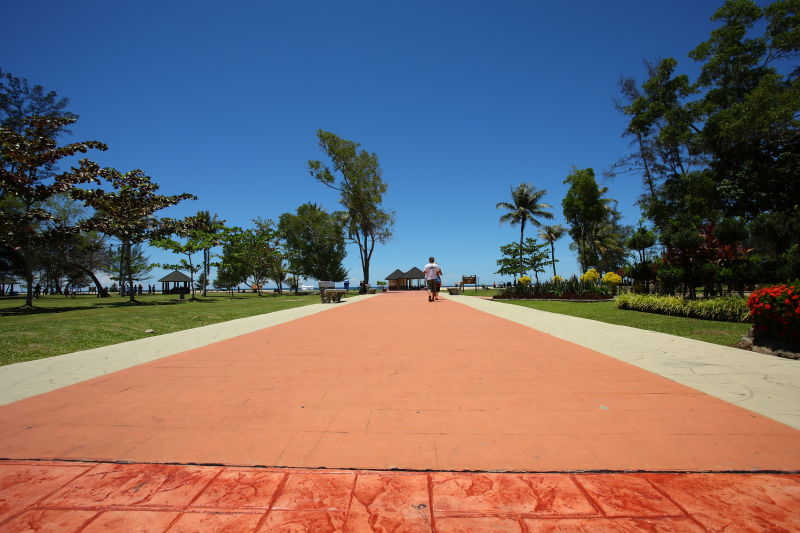 Muara beach welcome
