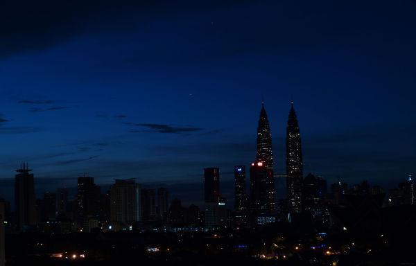 Dawn Slumber, Harmony in Blue