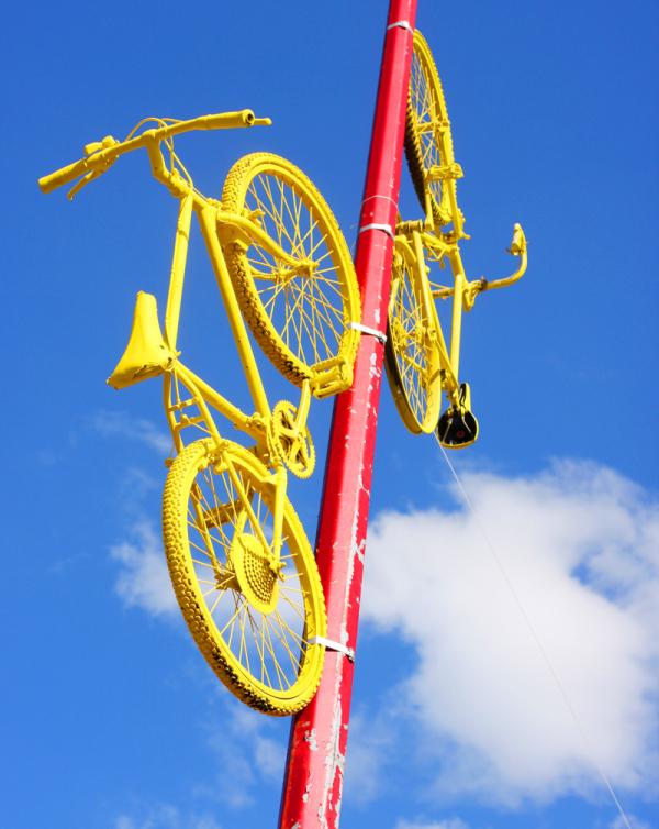A Bicyclette ...Nous étions quelques bons copains