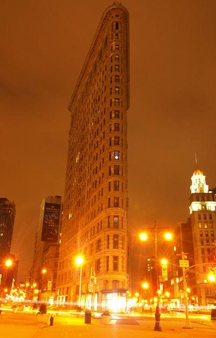 Flatiron building at night
