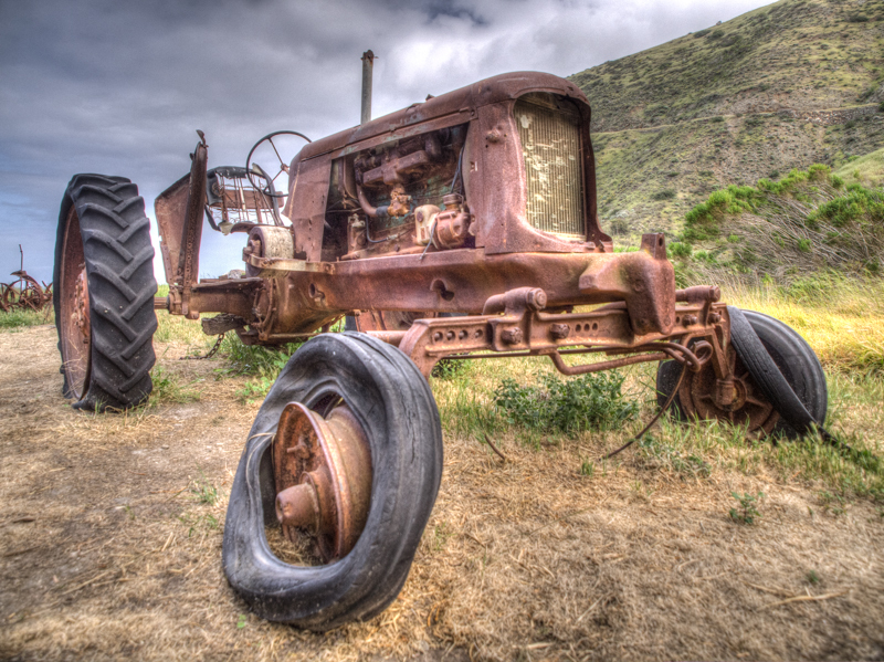 Cali: Channel Islands Rusted Tractor