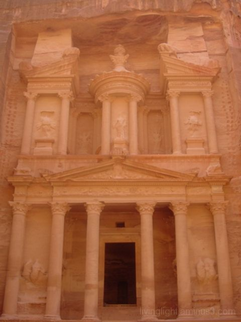 Iconic image of Petra