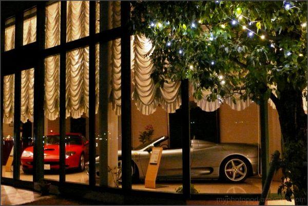 super car hot shop night LEICA
