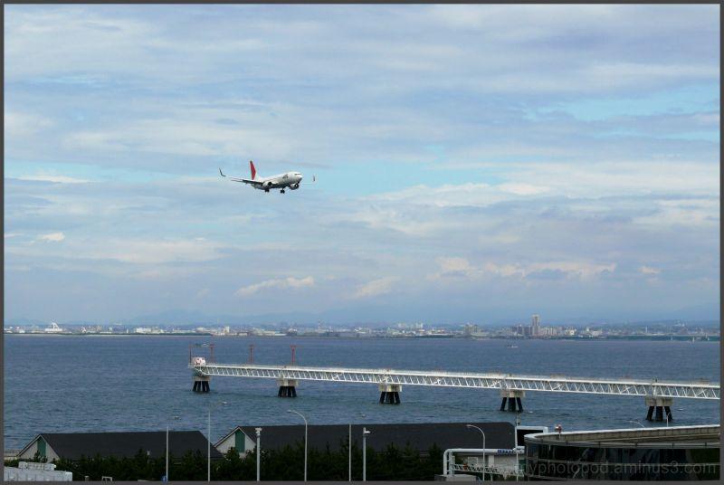 kansai airport Gliding flight