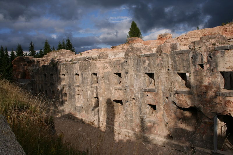 fortress luserna