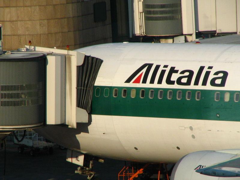 airplane alitalia