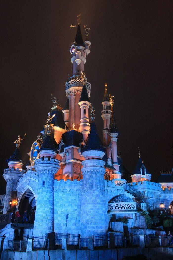 Le Chateau de la Belle au Bois Dormant disneyland