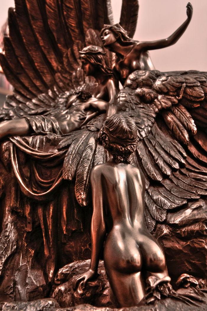 The Lament for Icarus Il Lamento di Icaro