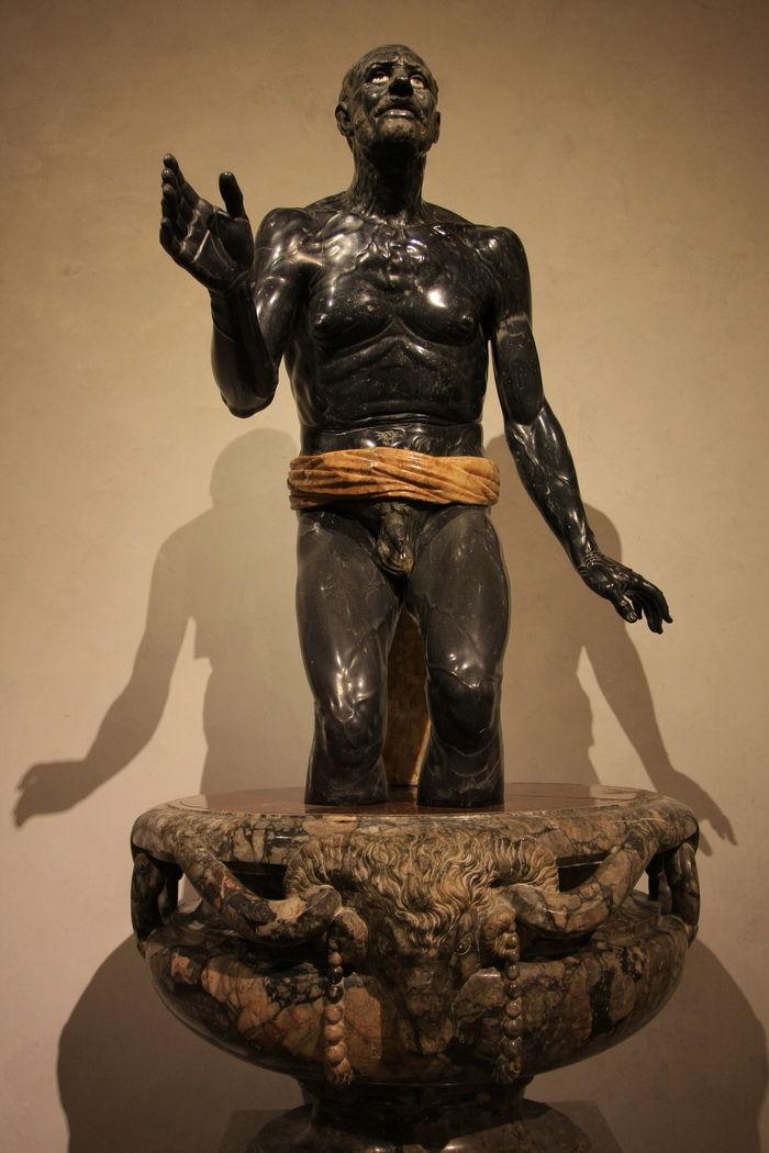 Seneca morente-Vecchio Pescatore