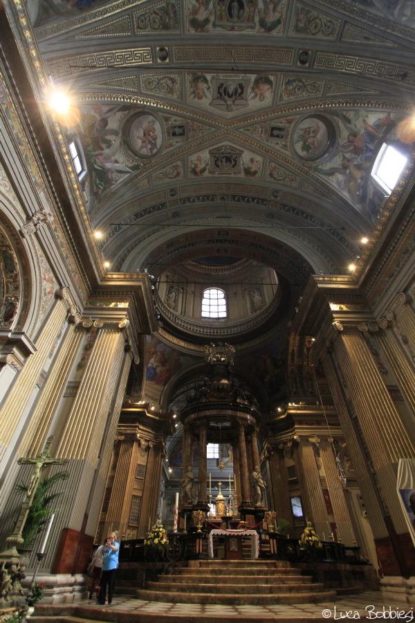 Interno del Santuario di Caravaggio