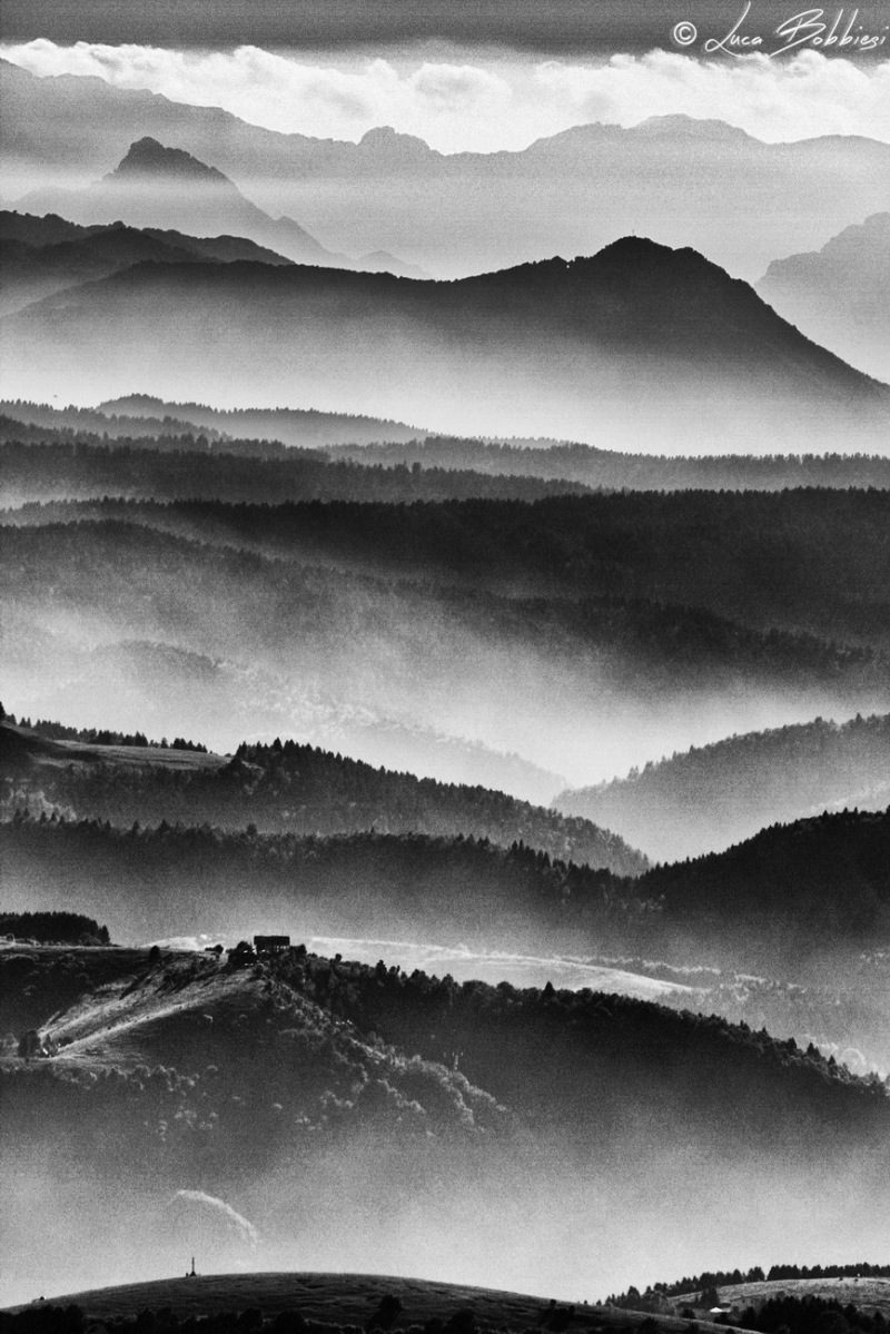 Mountins Layers In The Fog