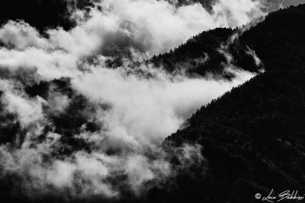 Black Mountain and White Clouds