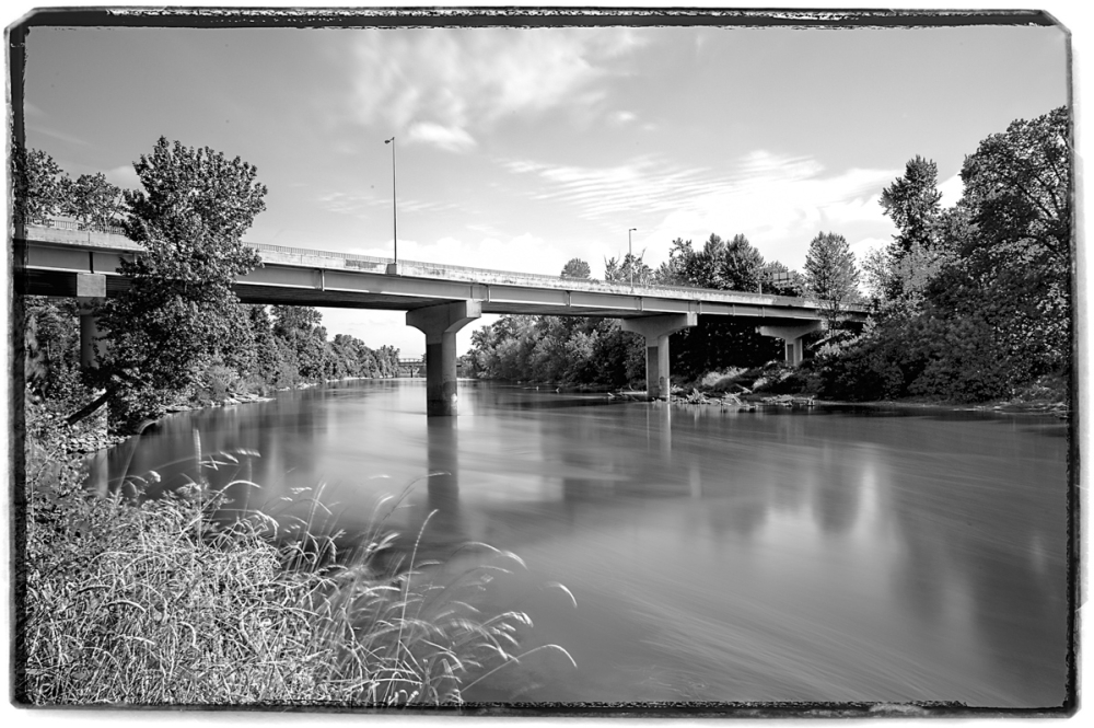 Summer Willamette, Corvallis BW