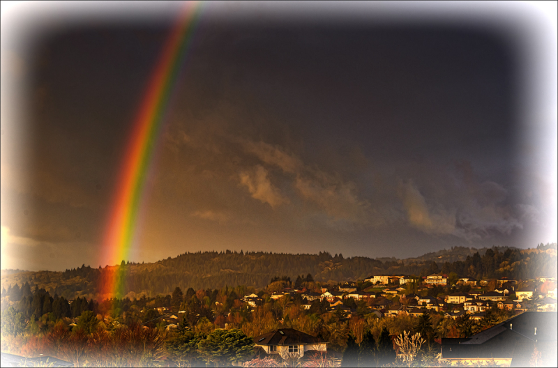 Morning Rainbow (Topaz BuzSim)