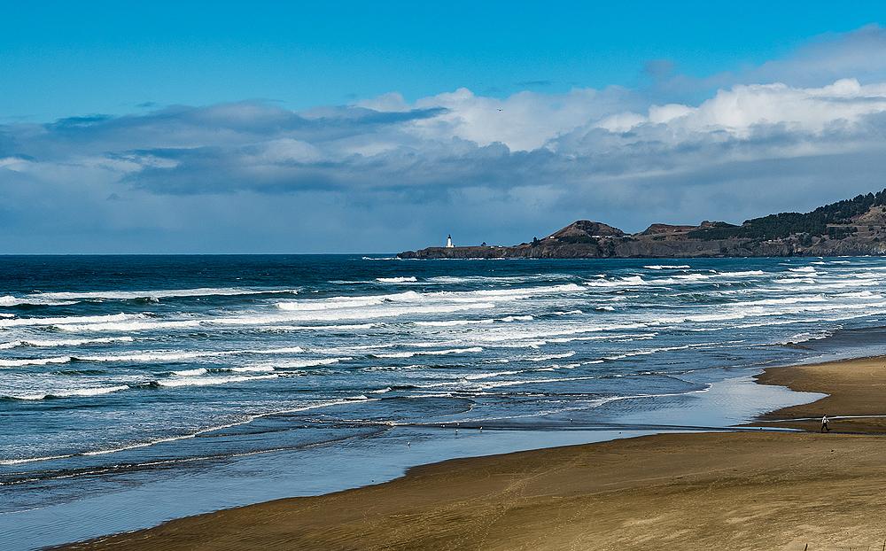 """The Yaquina Lighthouse"""
