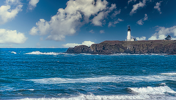 """The Yaquina Lighthouse (Closer)"""