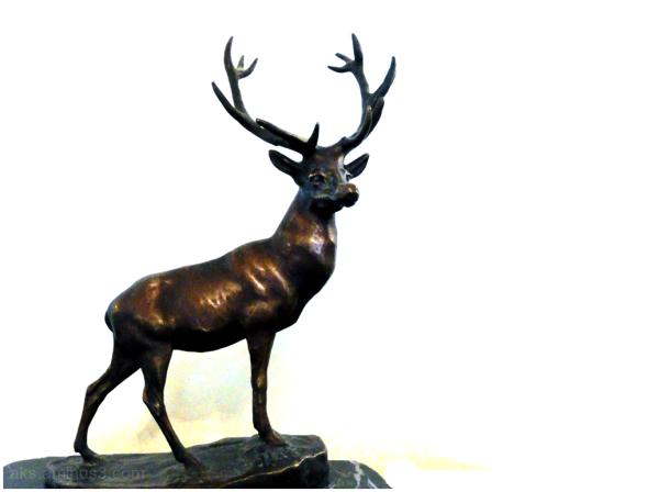 Statue of deer