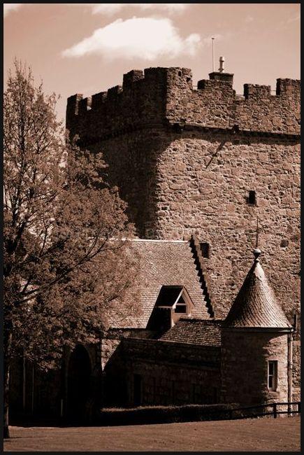 Drum Castle