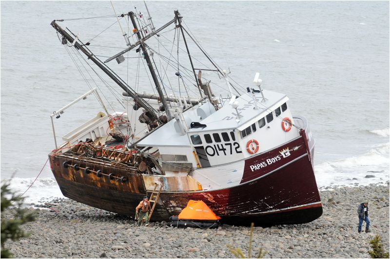 scallop boat aground bay of fundy
