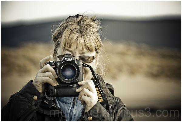Lady, camera.