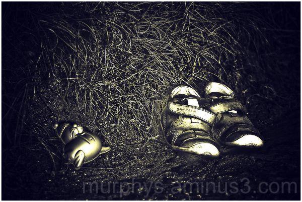 shoes,grass.plastic.